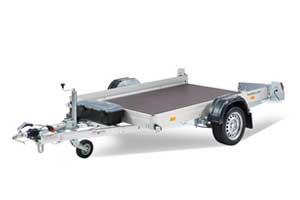 HKT zakbare kleine autotransporter of motortrailer met wielen naast de laadbak